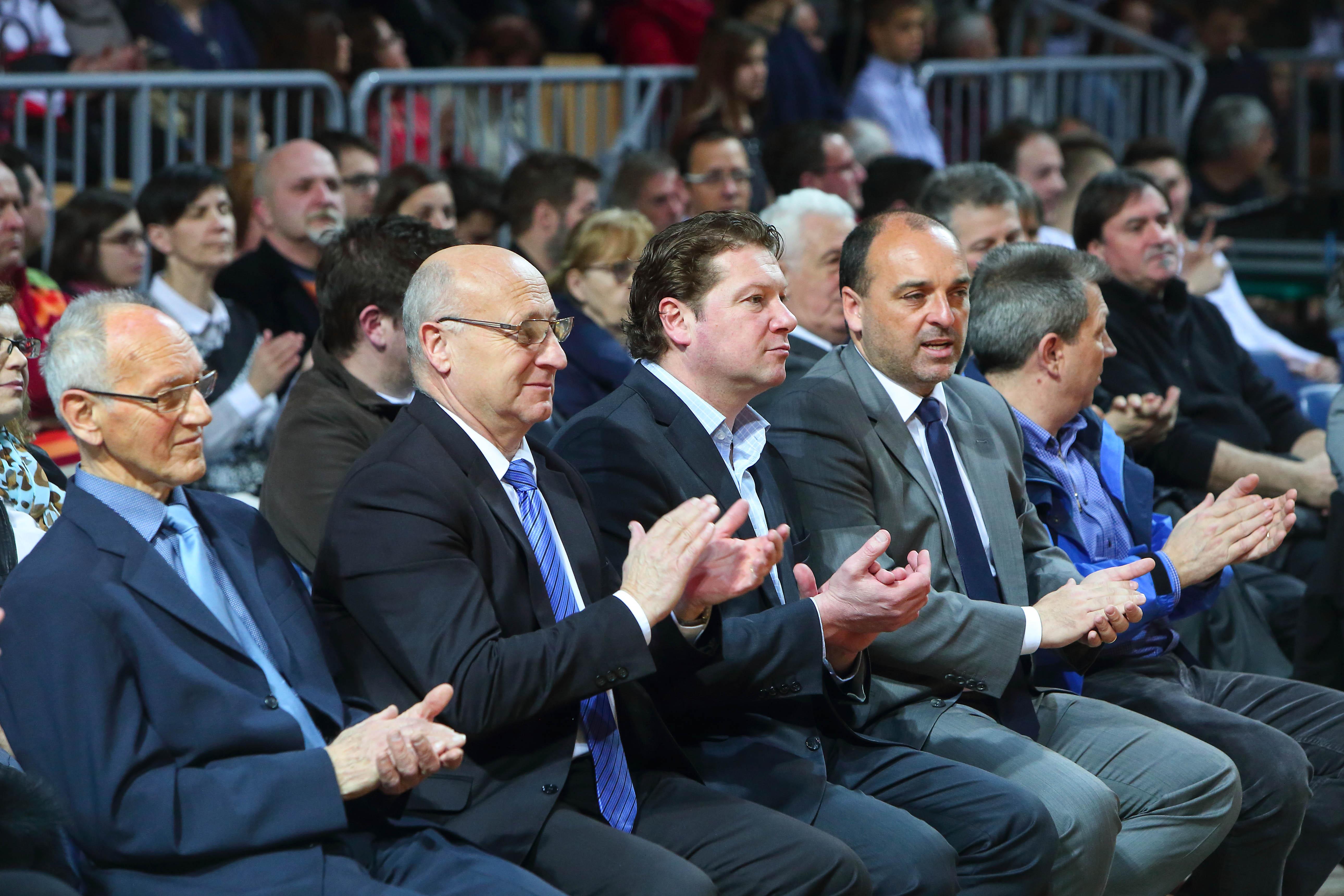 Častni gostje Miroslav Cerar st., predsednik OKS Bogdan Gabrovec, podžupan Peter Bolčič in direktor javnega zavoda za šport Igor Hrvatin