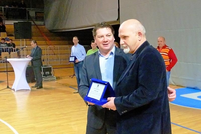 Darij Somen med podelitvijo za 20. letno delo v Judo klubu Koper na področju vadbe oseb s posebnimi potrebami